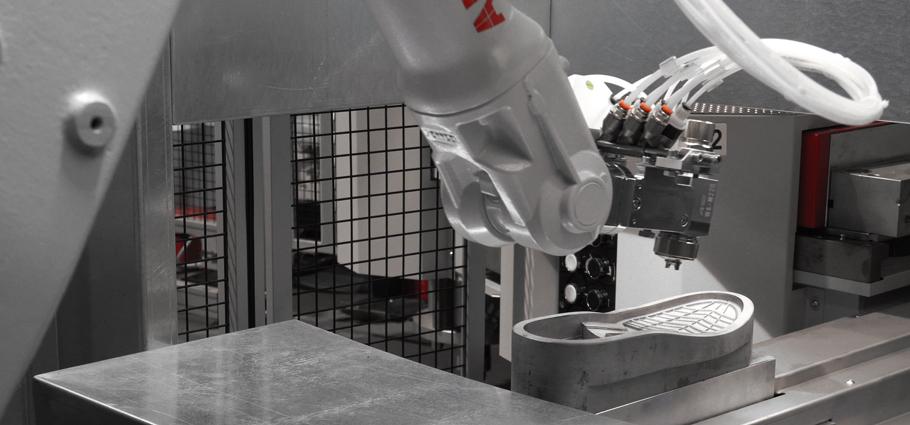 Monitoraggio intelligente processo di iniezione diretta di poliuretano